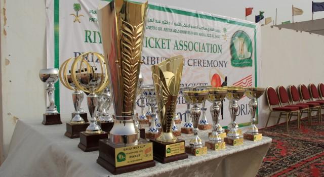 Saudi ORIX Tournament 2012-13 Champions – Pak Shaheen, Attieh Steels and Serendib.